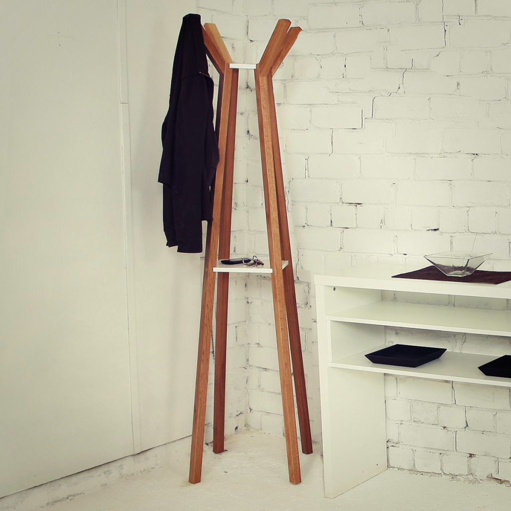 porte-manteau-everest-coat-stand-woodman