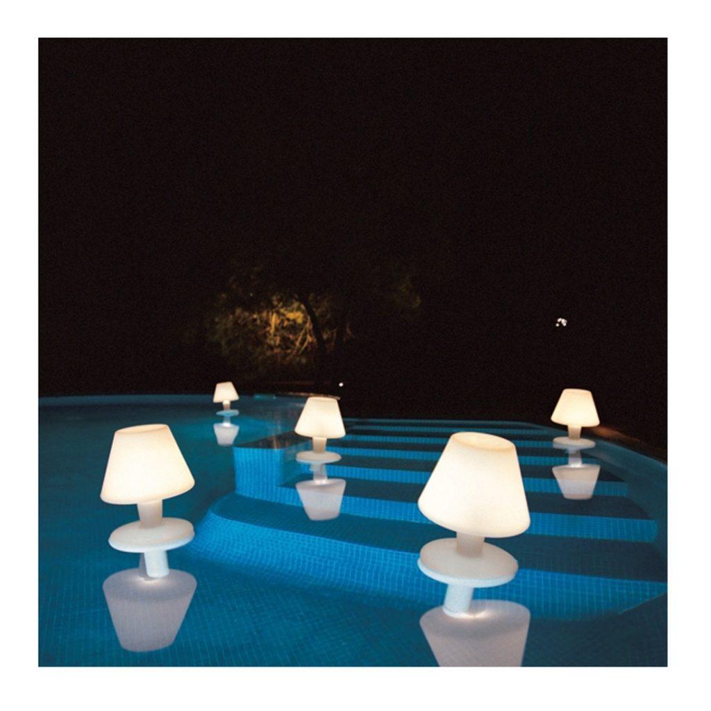 Accessoires de piscine : Lampe flottante piscine design Metalarte