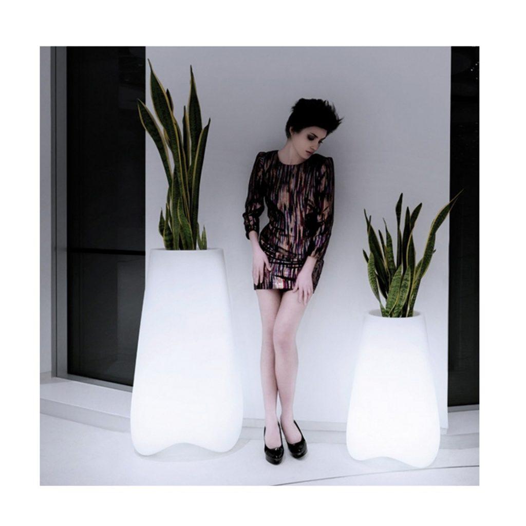 Deco-Maison-Design-Decoration-interieur-appartement-vase-led-vlek-vondom