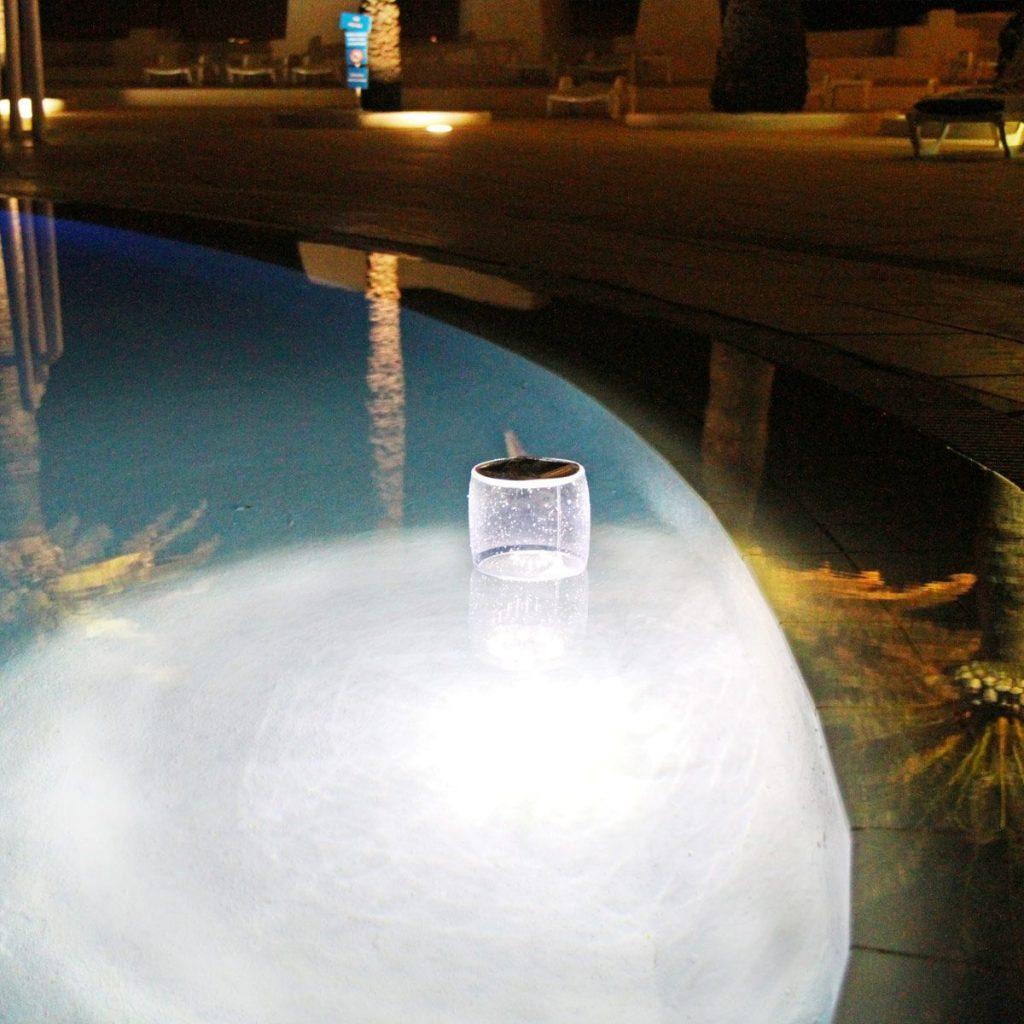 Deco Lumineuse : lampe flottante solaire Kerlis