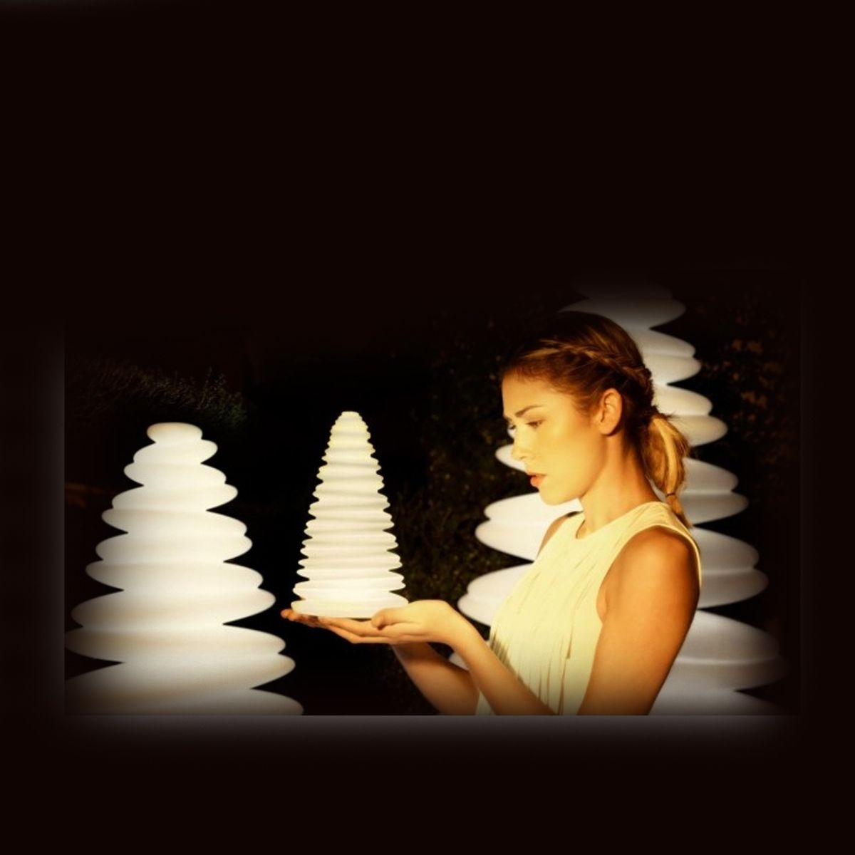 Deco lumineuse le meilleur de l t deco maison design - Petit sapin de noel lumineux ...