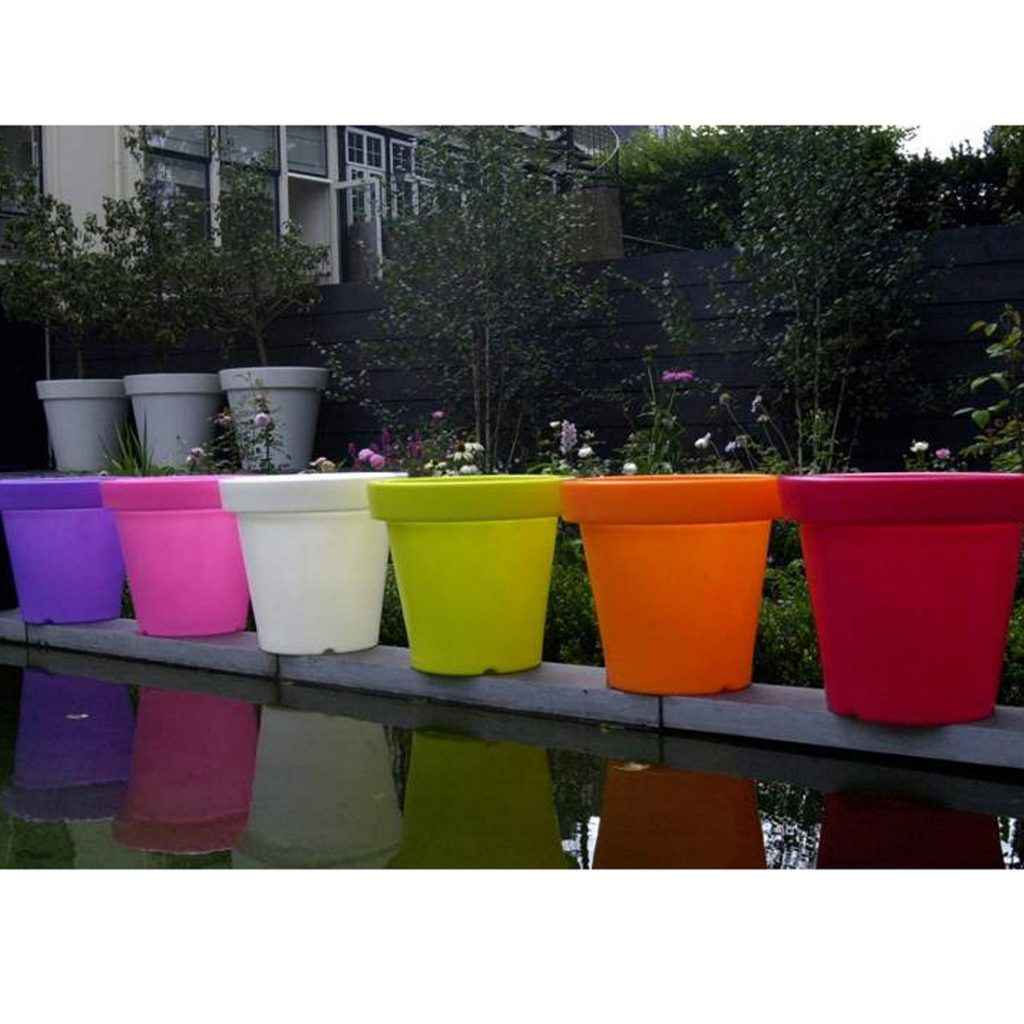 Deco lumineuse le meilleur de l t deco maison design for Pot colore exterieur