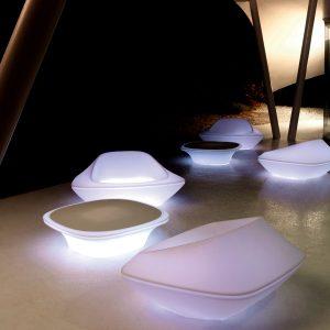 Tendance déco futuriste - Fauteuil jardin lumineux Vondom - Zendart Design