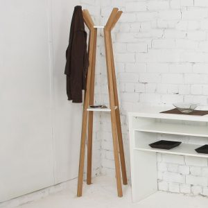 porte-manteau-everest-coat-stand-woodman.jpg.pagespeed.ce.Ico3-4QSsh